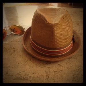 Fedora hat / Peter Grimm Brand